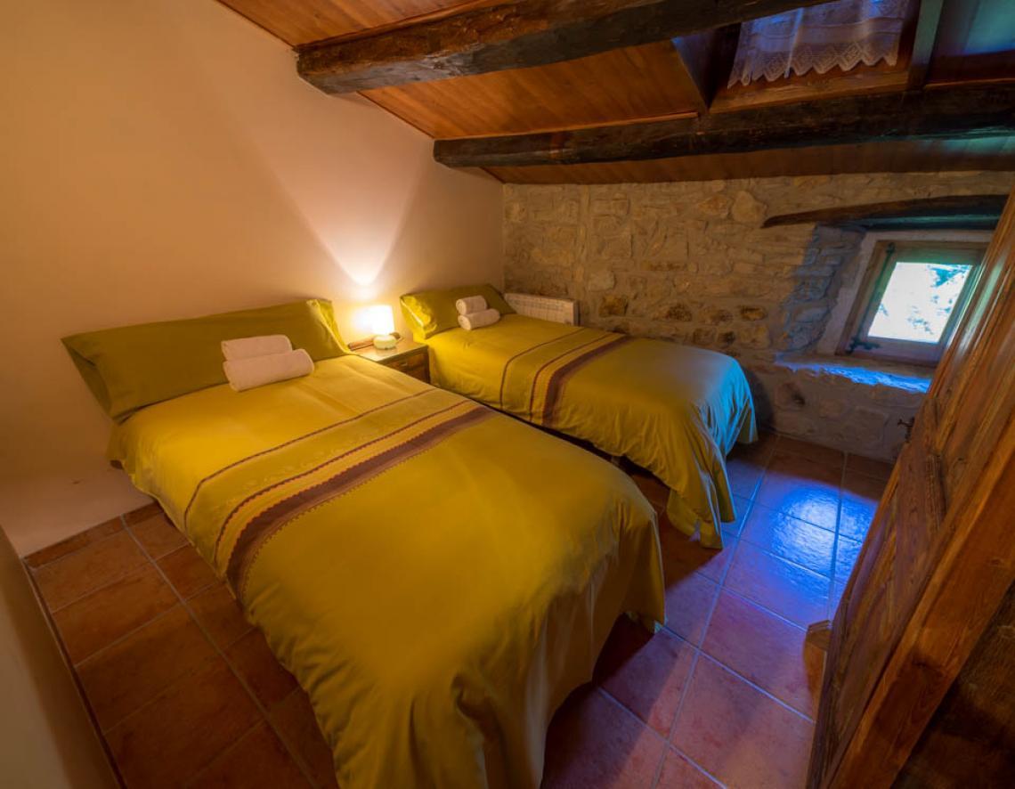 Apartament rural Casafont II - dormitori 2