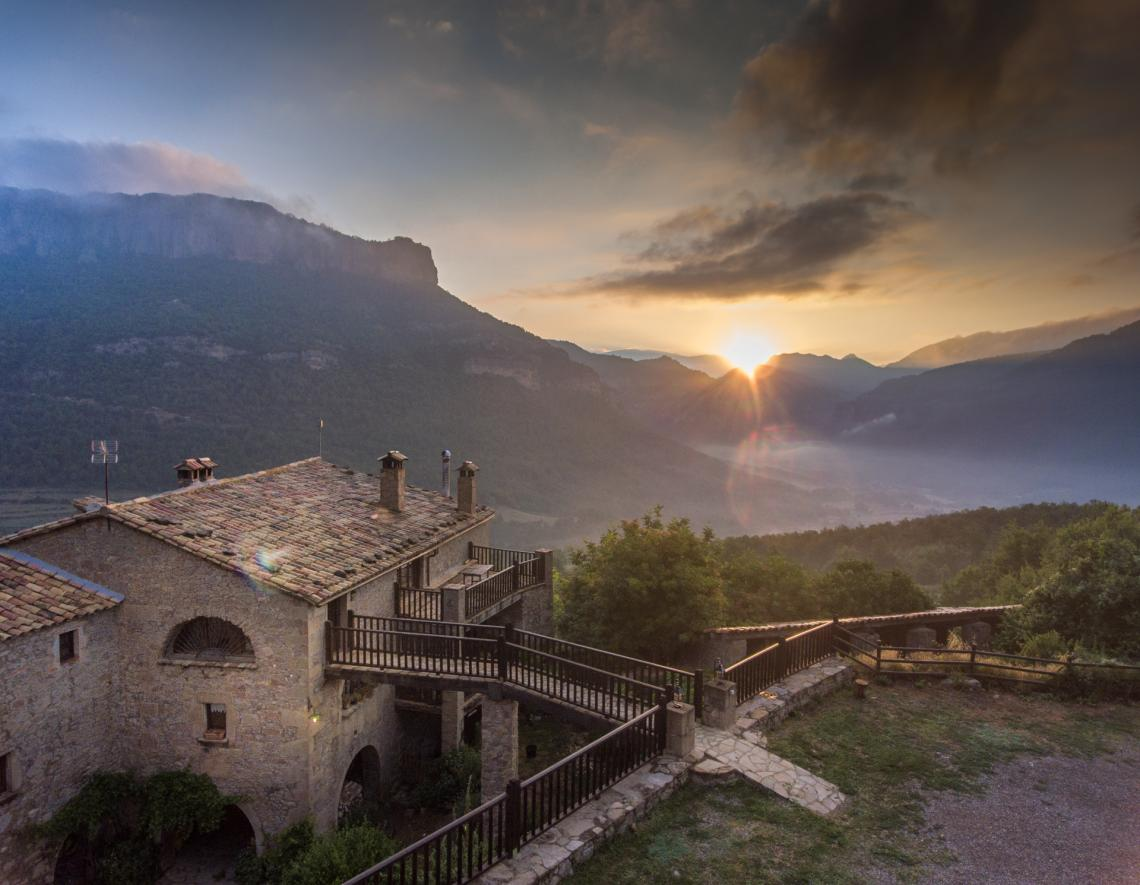 Masia Casafont - Façana sud-oest - vistes a Busa i la Vall d'Ora